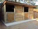 Abris-boxes chevaux